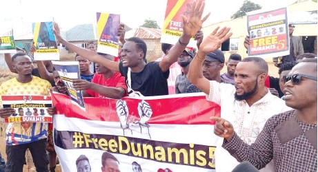 ?? PHOTO: Lucy Ladidi Ateko ?? Members of civil society groups protesting at Dunamis Church, Galadimawa over continued detention of their colleagues by DSS in Abuja… yesterday.