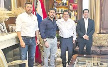 """??  ?? Pedro Alliana (i), Óscar """"Nenecho"""" Rodríguez, Horacio Cartes y Raúl Latorre, quien alzó la foto en su red social."""