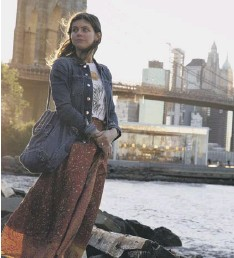 ??  ?? 0 Alexandra Daddario as Emma in Can You Keep A Secret?