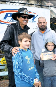 PressReader TimesRecord NASCAR Legend Richard Petty - Ridgely car show