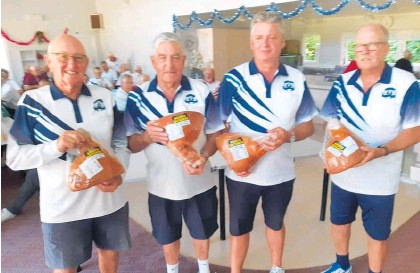 ??  ?? The win­ning Katikati bowls team from left Neil Fowler, Tom Chase (Skip) Stu­art Watkins and Bryn at Omoko­roa.