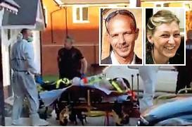 ??  ?? Auf einer Trage wird der vergiftete Charlie Rowley ( o. li.) aus dem Haus gerollt. Er überlebte, doch Dawn Sturgess ( o. re.) starb.