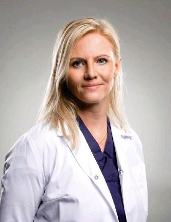 ??  ?? Jenna Huld Eysteinsdóttir, doktor í húðlaekningum.