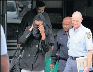 ?? PICTURE: ZANELE ZULU ?? SHY: Andile Duma, charged with fraud for allegedly posing as a doctor and promising to get people tenders at hospitals, appeared briefly yesterday at the Durban Commercial Crimes Court. His case was adjourned.