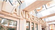 ?? FOTO: ROLAND WEIHRAUCH/DPA ?? Das Landgericht Münster arbeitet den Komplex von Missbrauchsfällen auf. Gegen neun Personen sind Anklagen erhoben.