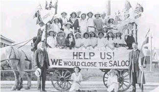 ??  ?? A Sunday school group from the Hillhurst Presbyterian Church in Calgary protests against alcohol circa 1912–16. Church and women's groups led the campaign for temperance and prohibition.