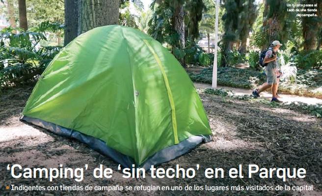 'CAMPING' DE 'SIN TECHO' EN EL PARQUE