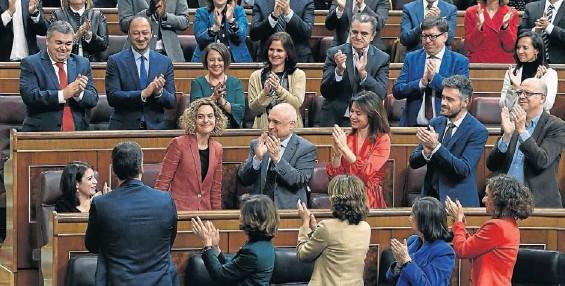 PSOE Y ERC AVANZAN EN «LA VÍA POLÍTICA» EN CATALUÑA
