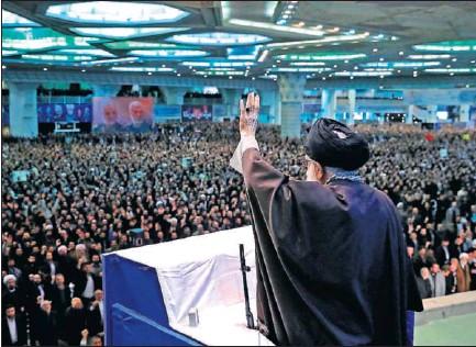 EL LÍDER IRANÍ RESPONDE A LAS PROTESTAS CON UNA INSÓLITA ARENGA.