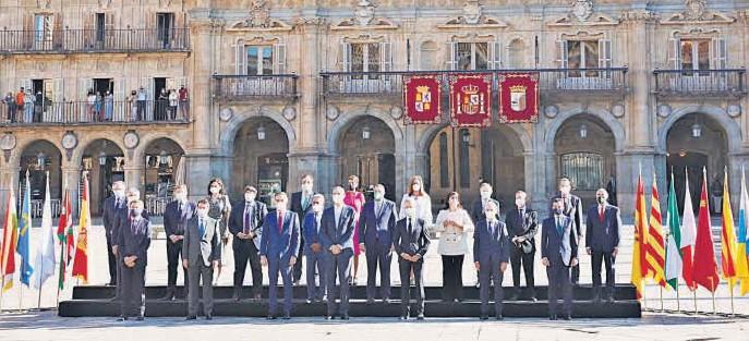 SÁNCHEZ ANUNCIA 3,4 MILLONES MÁS DE VACUNAS EN SALAMANCA...