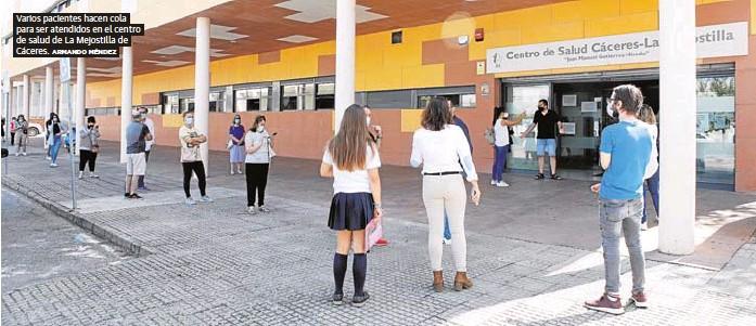 COLAS EN LOS CENTROS DE SALUD DE EXTREMADURA