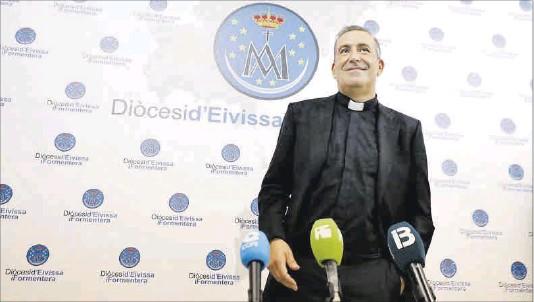 VICENT RIBAS PRATS, PRIMER OBISPO IBICENCO EN LAS PITIÜSES DESDE HACE 61 AÑOS