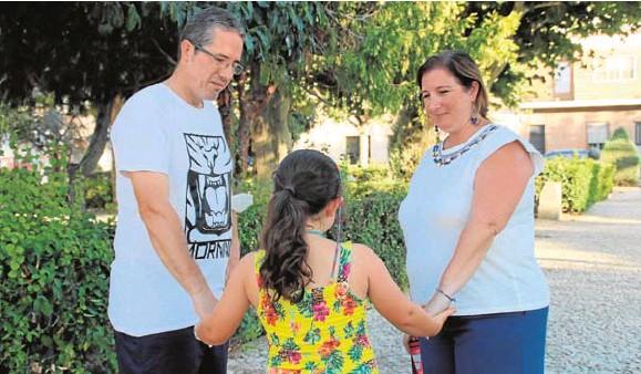 UNA FAMILIA EXTREMEÑA CON COVID PERSISTENTE