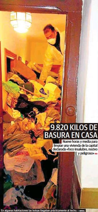 9.820 KILOS DE BASURA EN CASA