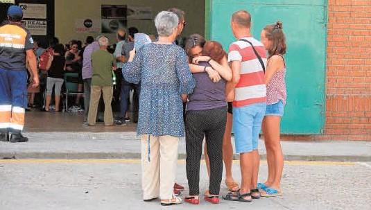 ALBA DESPIDE ROTA DE DOLOR A LOS JÓVENES FALLECIDOS
