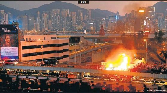 LES PROTESTES A HONG KONG S'ENQUISTEN