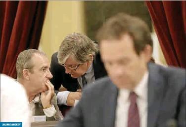 EL NUEVO GOVERN TENDRÁ DOS MENORQUINES: MARC PONS Y MAE DE LA CONCHA