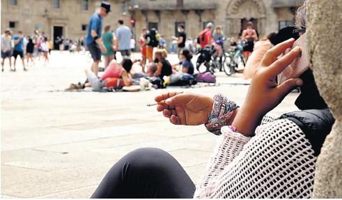 SE DISPARAN LOS CONTAGIOS EN ESPAÑA: CASI TRES MIL CASOS